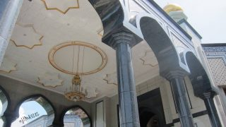 可愛すぎる観光地!?ブルネイのニューモスクが超フォトジェニック!